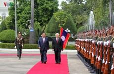 La visite du SG Nguyên Phu Trong à la Une de la presse laotienne