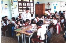 Phu Quy : une trentaine d'années sur l'île pour enseigner les élèves pauvres