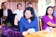 Nouvel An lunaire : la vice-présidente Dang Thi Ngoc Thinh en visite à Gia Lai et à Kon Tum