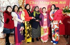 Les Vietnamiens d'Algérie et du Cambodge fêtent le Têt traditionnel