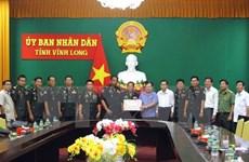 Têt traditionnel: des responsables de la Garde royale du Cambodge se rendent à Vinh Long