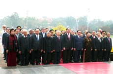 Fondation du Parti : hommage posthume au Président Ho Chi Minh