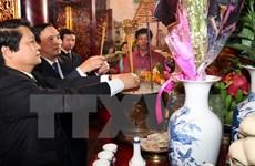 Plus de 10.000 visiteurs au temple des rois Hùng