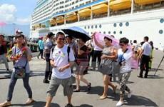 Le port de Chân Mây accueille le paquebot de luxe Celebrity Millennium