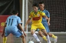Fête de football organisée pour les enfants défavorisés à Hô Chi Minh-Ville