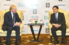 """Hanoï souhaite coopérer avec Microsoft dans la construction de la """"pépinière des technologies"""""""