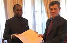 Un citoyen ougandais nommé consul d'honneur du Vietnam