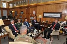 L'ambassadeur vietnamien aux Etats-Unis en visite à l'Académie militaire de West Point