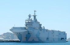 Des navires de la Marine française visitent Hô Chi Minh-Ville
