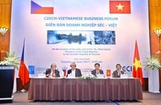 Forum d'affaires Vietnam-République tchèque à Hanoï