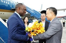 Le président du Sénat haïtien entame sa visite officielle au Vietnam