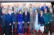 Le président Tran Dai Quang rencontre la diaspora vietnamienne et des amis russes