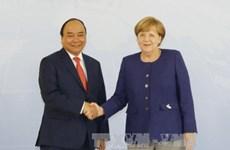 Entretien Nguyen Xuan Phuc – Angela Merkel