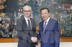 Renforcement de la coopération entre le ministère de la Sécurité publique et Interpol