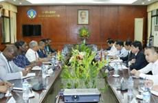 Vietnam et Mozambique discutent de la promotion des relations dans l'agriculture