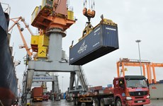 Le Vietnam retrouve un excédent commercial