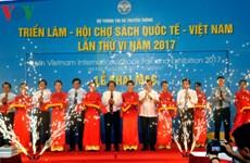 Ouverure du 6e Salon international du livre du Vietnam à Hanoï