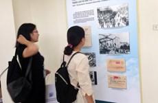 Exposition de la collection de décrets du Président Hô Chi Minh