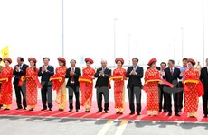 Mise en service d'un des plus longs ponts maritimes en Asie du Sud-Est à Hai Phong
