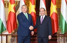 Le Vietnam prend en haute considération le développement de ses relations avec la Hongrie