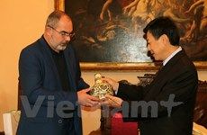 Renforcement de la coopération décentralisée Vietnam-République tchèque
