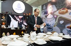 Des céramiques de Minh Long exposées à la Semaine des dirigeants économiques de l'APEC