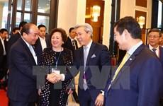 Le PM Nguyên Xuân Phuc rencontre des investisseurs d'Asie-Pacifique