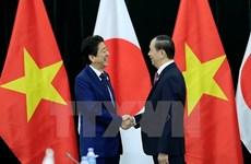 Le président Tran Dai Quang reçoit les Premiers ministres du Japon et du Brunei