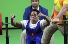 Plus de médailles pour le Vietnam aux Championnats d'haltérophilie et de natation handisport