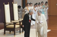 L'empereur du Japon Akihito compose des vers sur le Vietnam