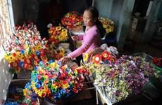 Huê : Particularité du métier artisanal traditionnel de fabrication de fleurs en papier