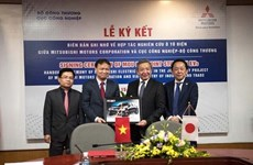 Mitsubishi Motors veut investir dans les voitures électriques au Vietnam