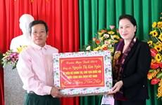 La présidente de l'AN poursuit sa visite de travail à Ha Tinh