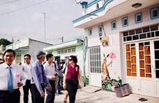Inauguration du 1er village de fresques dans le delta du Mékong