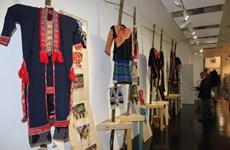 Les costumes des 54 ethnies du Vietnam exposés en France