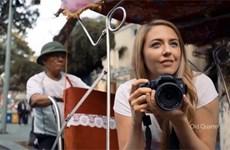 CNN continue de diffuser trois films publicitaires de 30 secondes sur Hanoï
