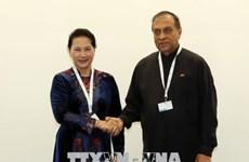 Nguyen Thi Kim Ngan rencontre son homologue sri-lankais à Genève