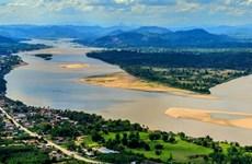 Le Vietnam renforce la coopération régionale pour son développement socio-économique