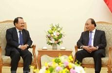 Le PM Nguyen Xuan Phuc reçoit le ministre laotien de l'Energie et des Mines
