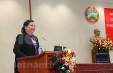 Vietnam et Laos partagent des expériences sur le vote de confiance