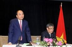 Le PM Nguyên Xuân Phuc rencontre des Vietnamiens résidant au Canada