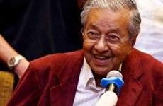 Le Premier ministre malaisien rend hommage aux travailleurs étrangers qualifiés