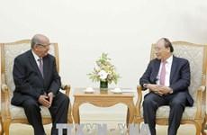 Le Premier ministre Nguyen Xuan Phuc reçoit le chef de la diplomatie algérienne