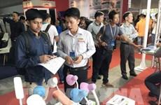Ouverture des expositions internationales sur les technologies et l'énergie à HCM-V
