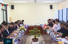 Hô Chi Minh-Ville partage avec Vientiane son expérience de travail du Front d'édification nationale