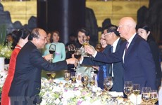 WEF ASEAN 2018 : le PM et son épouse président une soirée de la culture vietnamienne
