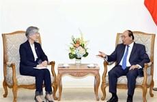 Le PM Nguyên Xuân Phuc reçoit la ministre sud-coréenne des AE Kang Kyung-wha