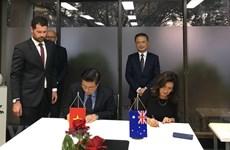 Coopération intensifiée dans la formation d'avocats entre le Vietnam et l'Australie