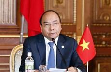 Le PM Nguyên Xuân Phuc à la conférence de presse conjointe sur le 10ème sommet Mékong-Japon