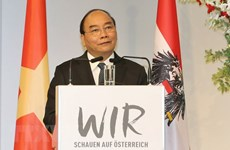 Le PM Nguyên Xuân Phuc au Forum d'entreprises Vietnam-Autriche
